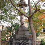 大燈籠(西)
